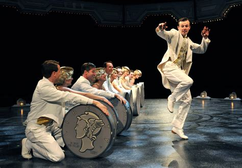 42nd Street - Theatre reviews