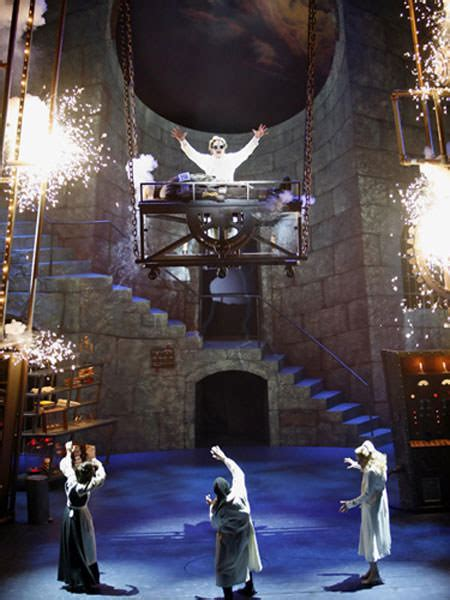 Young Frankenstein - Theatre reviews